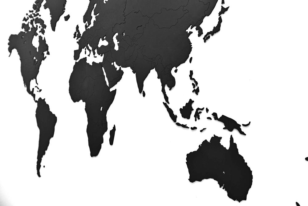 Zestaw zawiera także aż48 znaczników, które możesz przykleić w miejscach świata, które już odwiedziłeś.